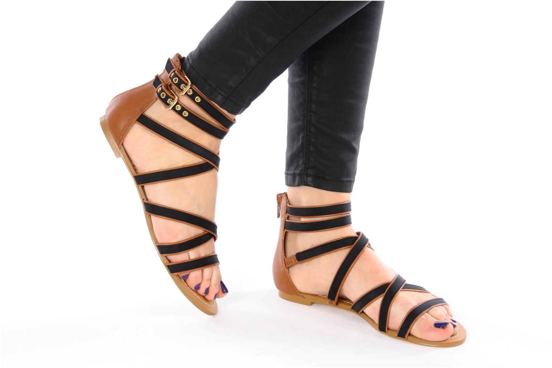 Sandalen Chocolate Schubar Andi schwarz ansicht von unten / tasche getragen