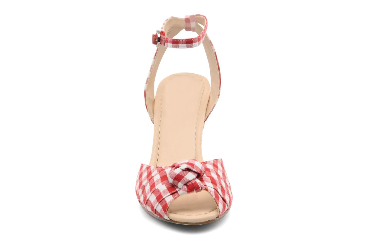 Sandals Guess Abbiel Red model view