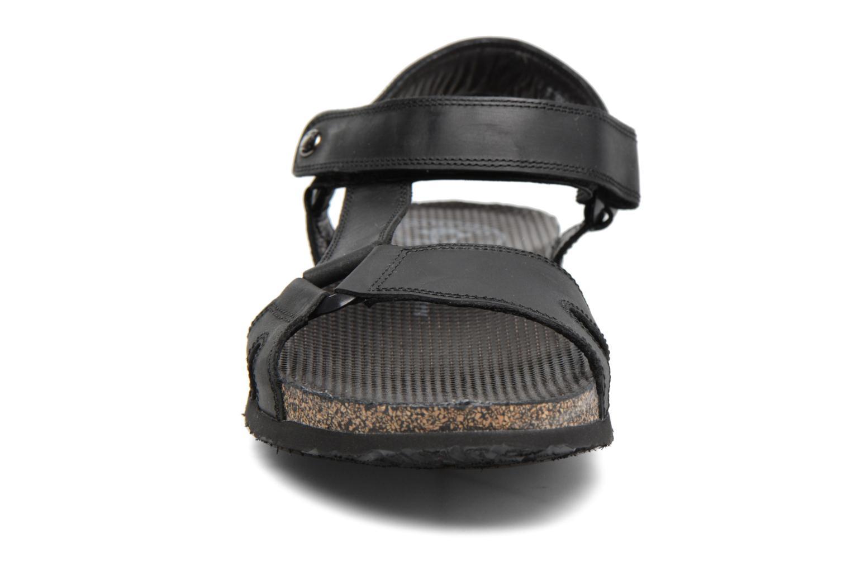 Sandales et nu-pieds Panama Jack Frodo Noir vue portées chaussures