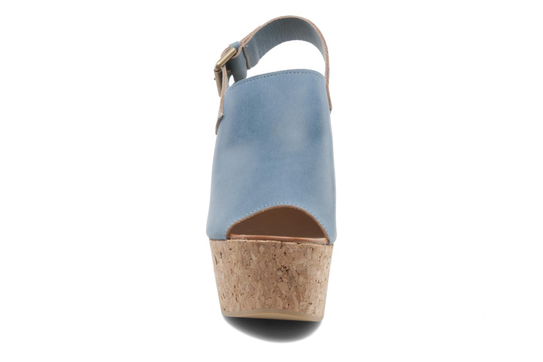 Sandalen Kéy Té By Kallisté Koto blau schuhe getragen