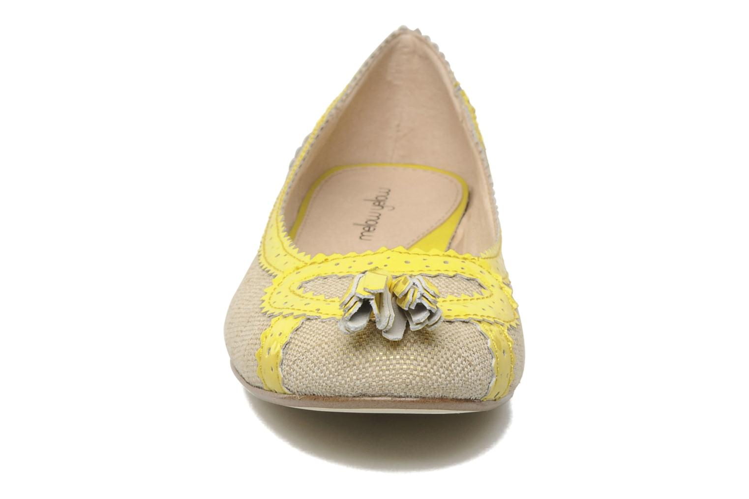 Ballerina's Mellow Yellow Nagoya Geel model
