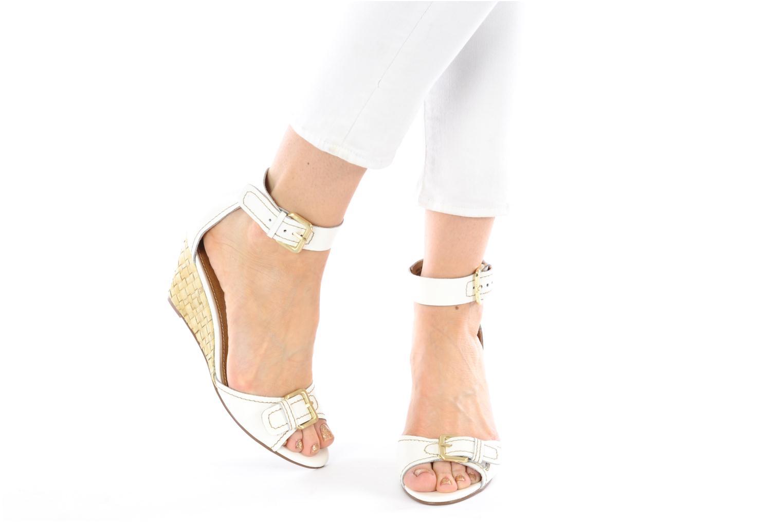 Sandales et nu-pieds Kelsi Dagger Gemini Blanc vue bas / vue portée sac