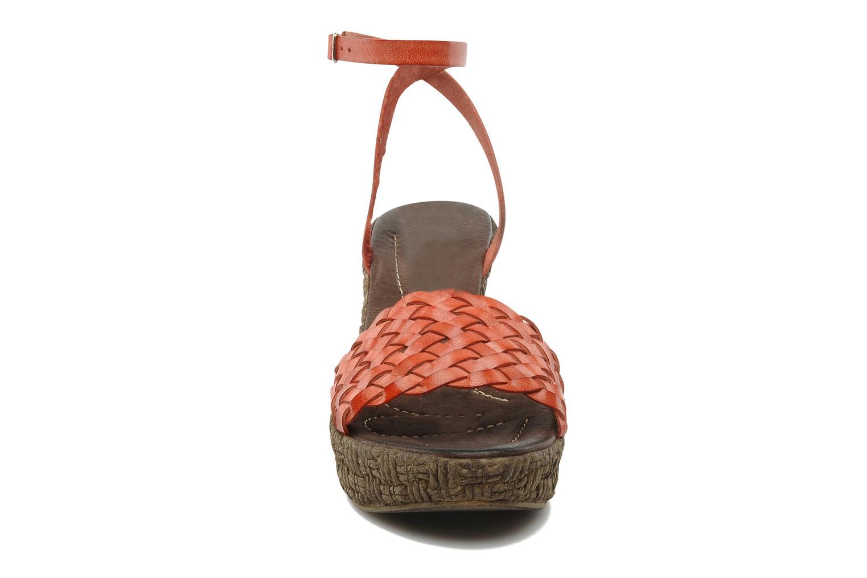 Sandali e scarpe aperte Arima pour Elle Panache Arancione modello indossato