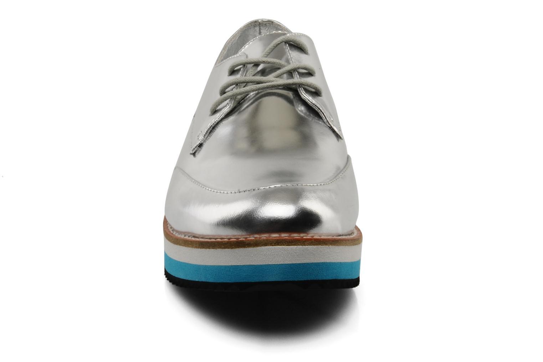 Zapatos con cordones Buffalo Disco Plateado vista del modelo