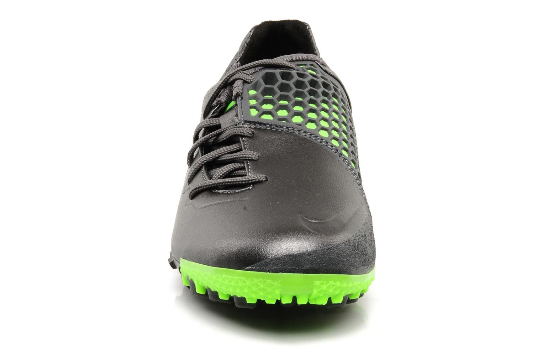 Scarpe sportive Nike Nike bomba finale Grigio modello indossato