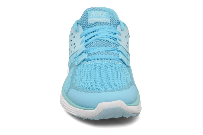 Scarpe sportive Nike Wmns nike lunarswift+ 3 Azzurro modello indossato
