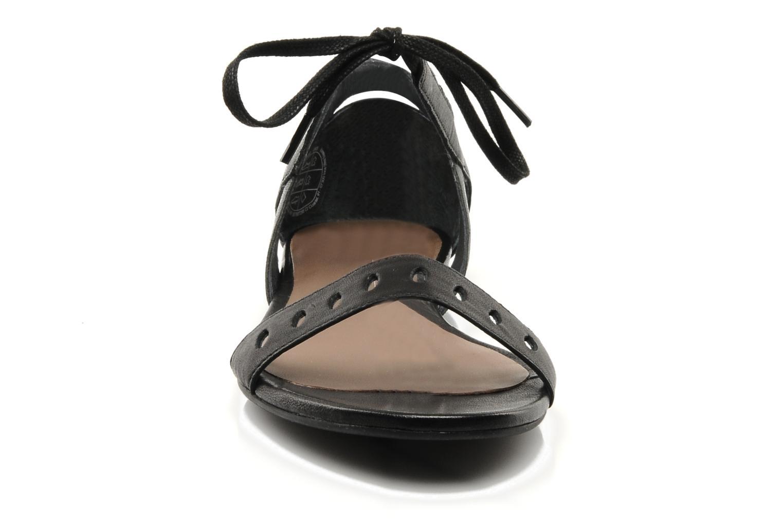 Sandales et nu-pieds Camper Holly 21609 Noir vue portées chaussures