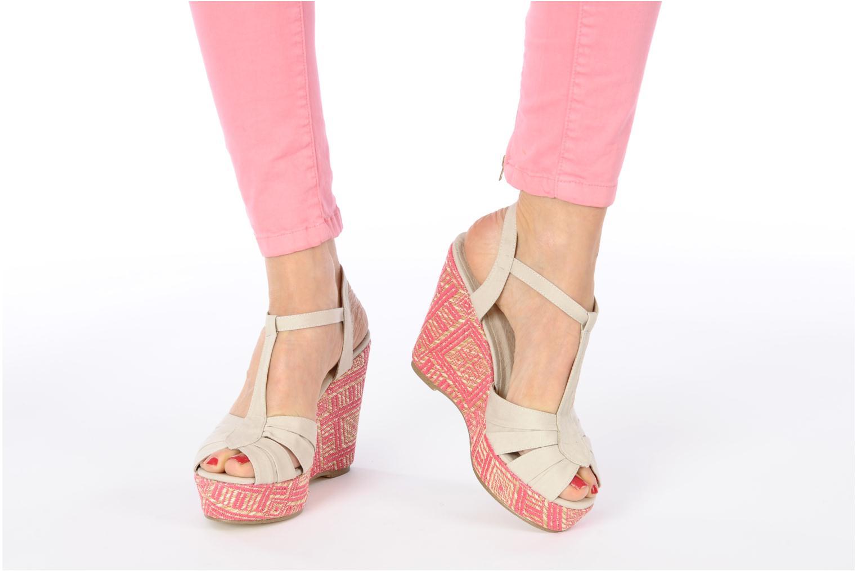 Sandales et nu-pieds Georgia Rose Farto Beige vue bas / vue portée sac