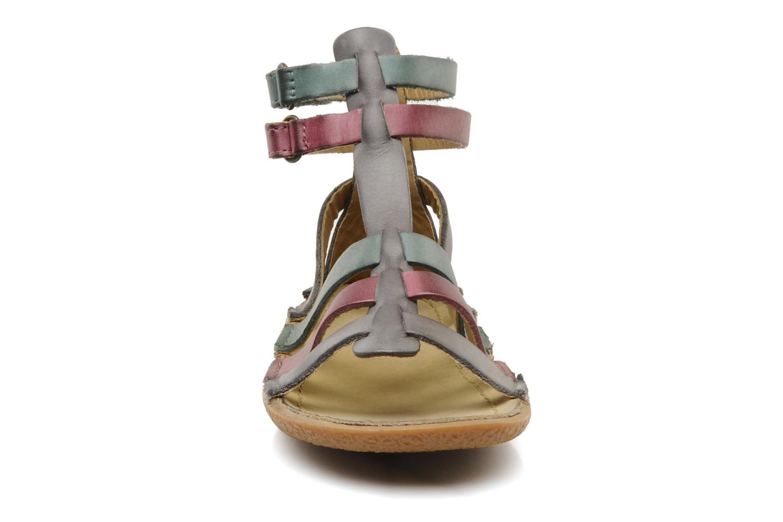 Sandales et nu-pieds Kickers PEPLUM V Gris vue portées chaussures
