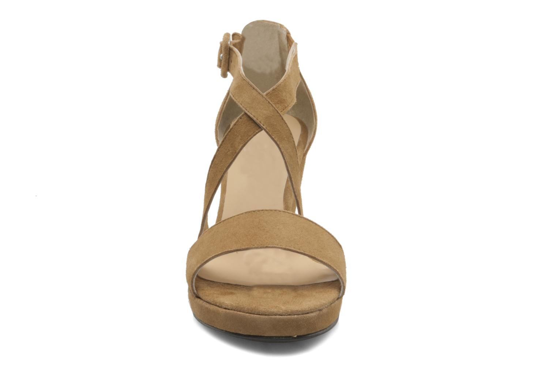 Sandales et nu-pieds Valensi Vira Beige vue portées chaussures