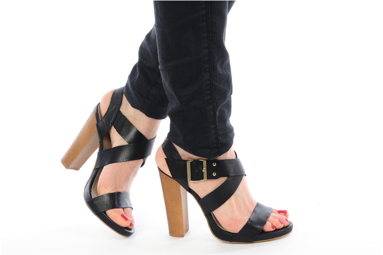 Sandalen Eden Evaline schwarz ansicht von unten / tasche getragen