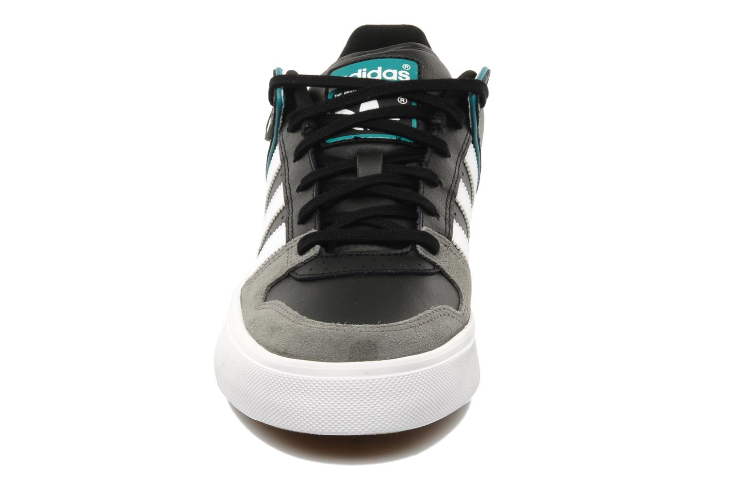 Sneakers Adidas Originals Culver Vulc Zwart model