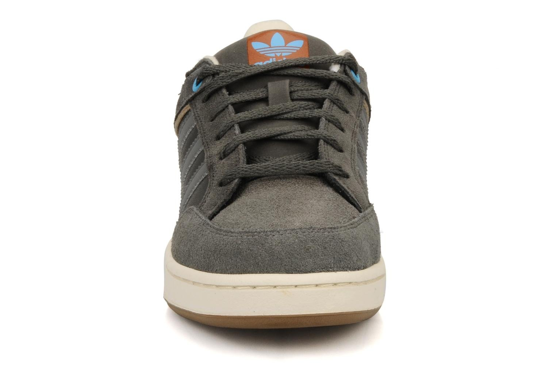 Trainers Adidas Originals Varial J Grey model view