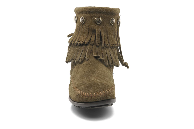 Bottines et boots Minnetonka DOUBLE FRINGE BT Vert vue portées chaussures