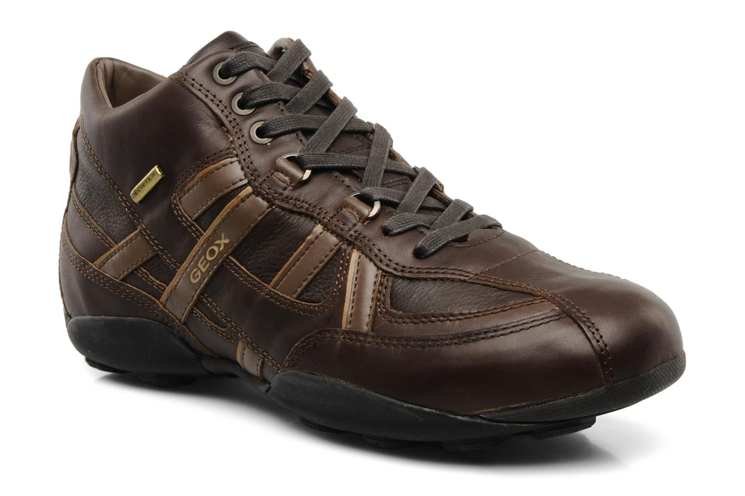 Trainers Geox U New Early Brown detailed view/ Pair view