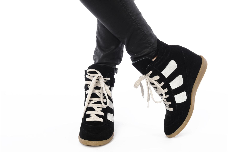 Sneaker Jonak Douveti schwarz ansicht von unten / tasche getragen