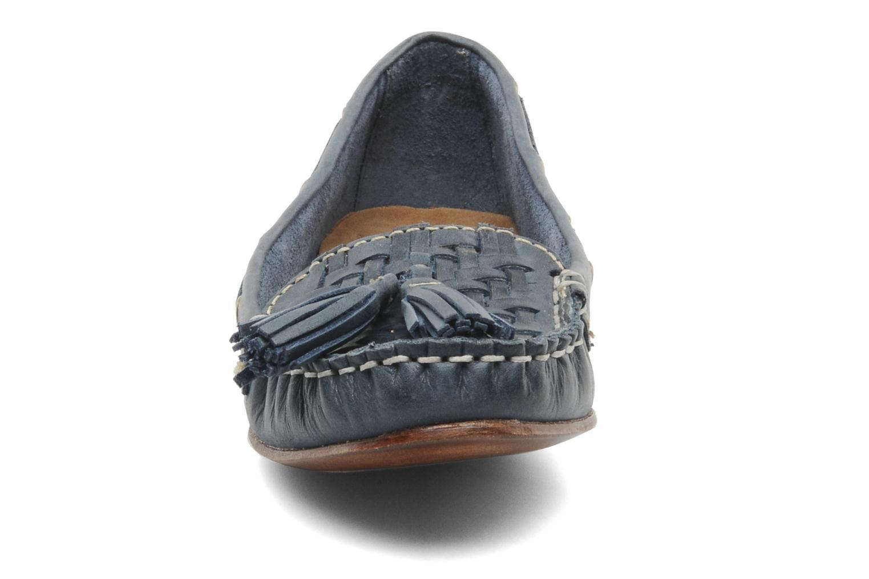Mocassins Bertie LUCE Bleu vue portées chaussures