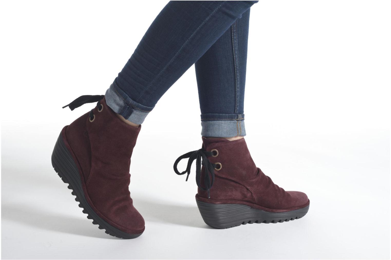 Bottines et boots Fly London Yama Noir vue bas / vue portée sac