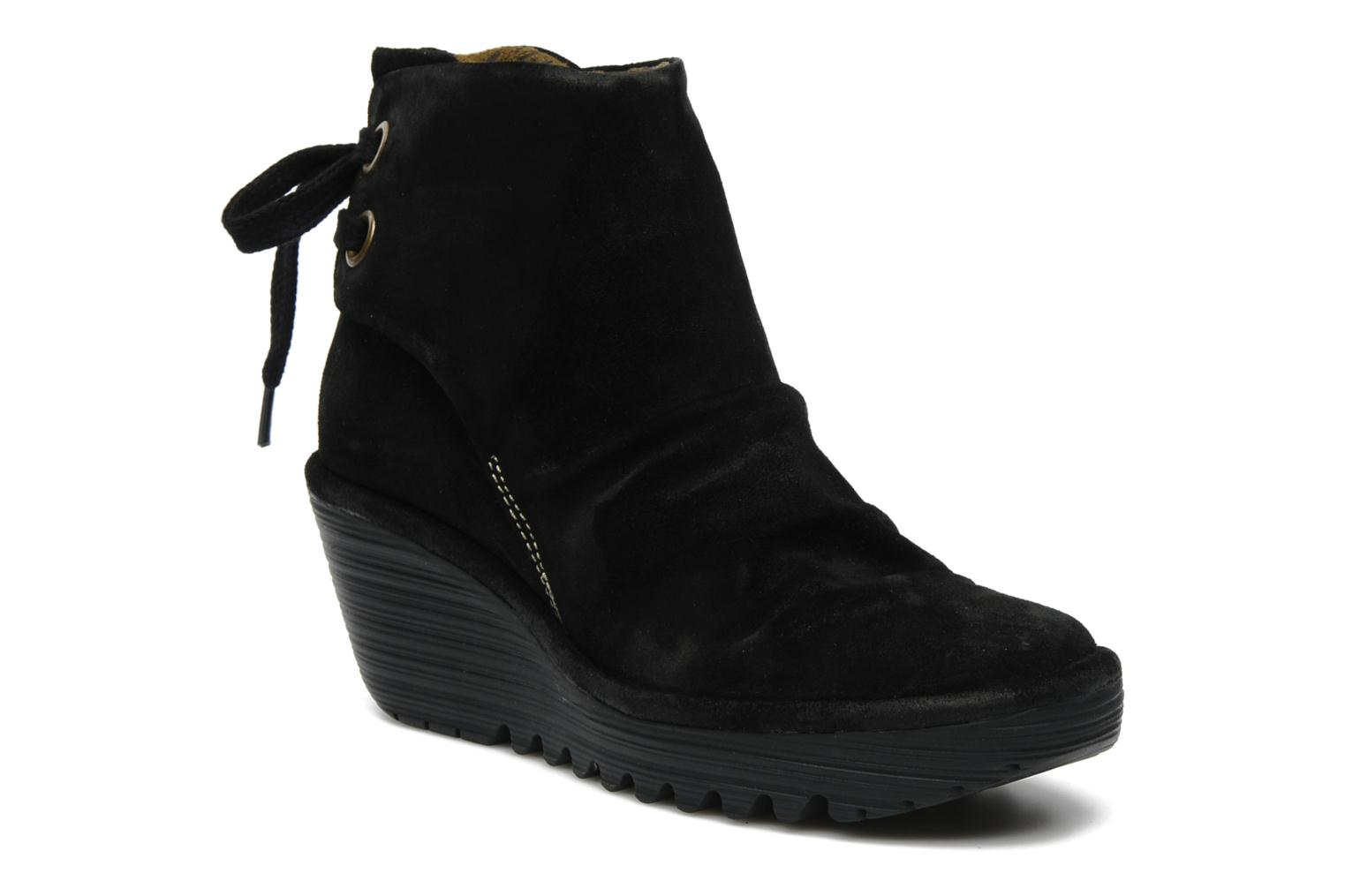 Ankle boots Fly London Yama Black detailed view/ Pair view