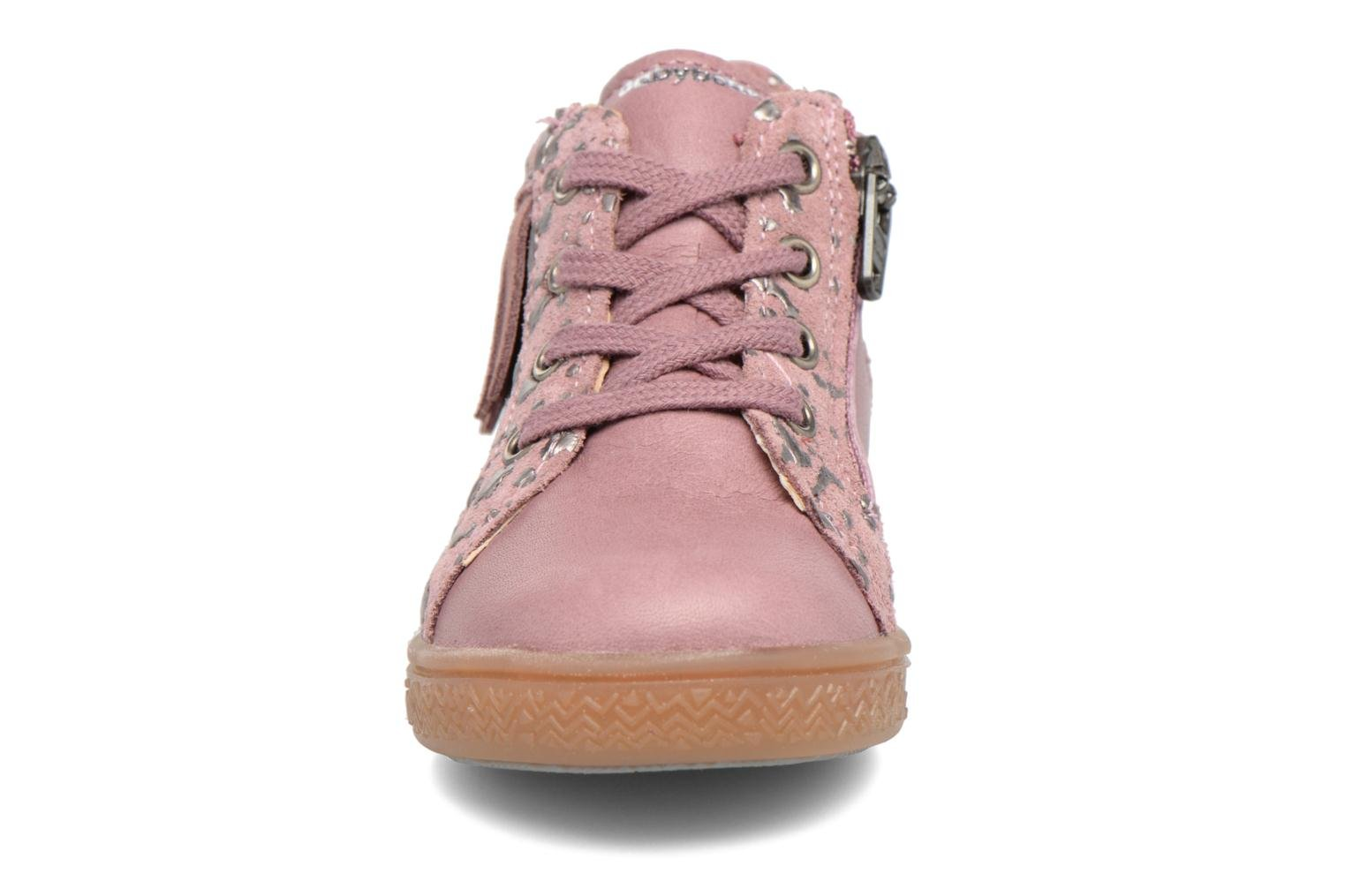 Trainers Babybotte Apache Pink model view