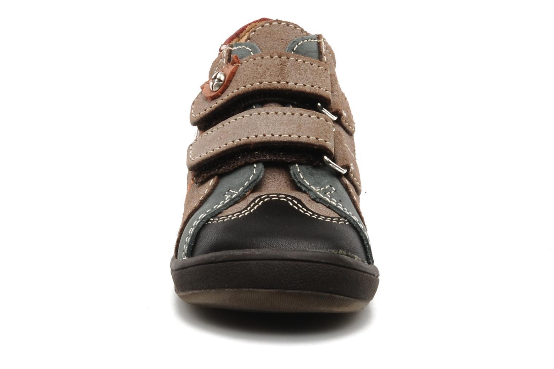 Velcro shoes Bopy Zirvel Brown model view