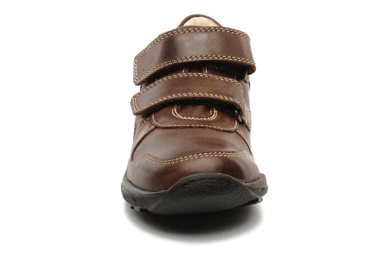 Sneaker Primigi Roky braun schuhe getragen