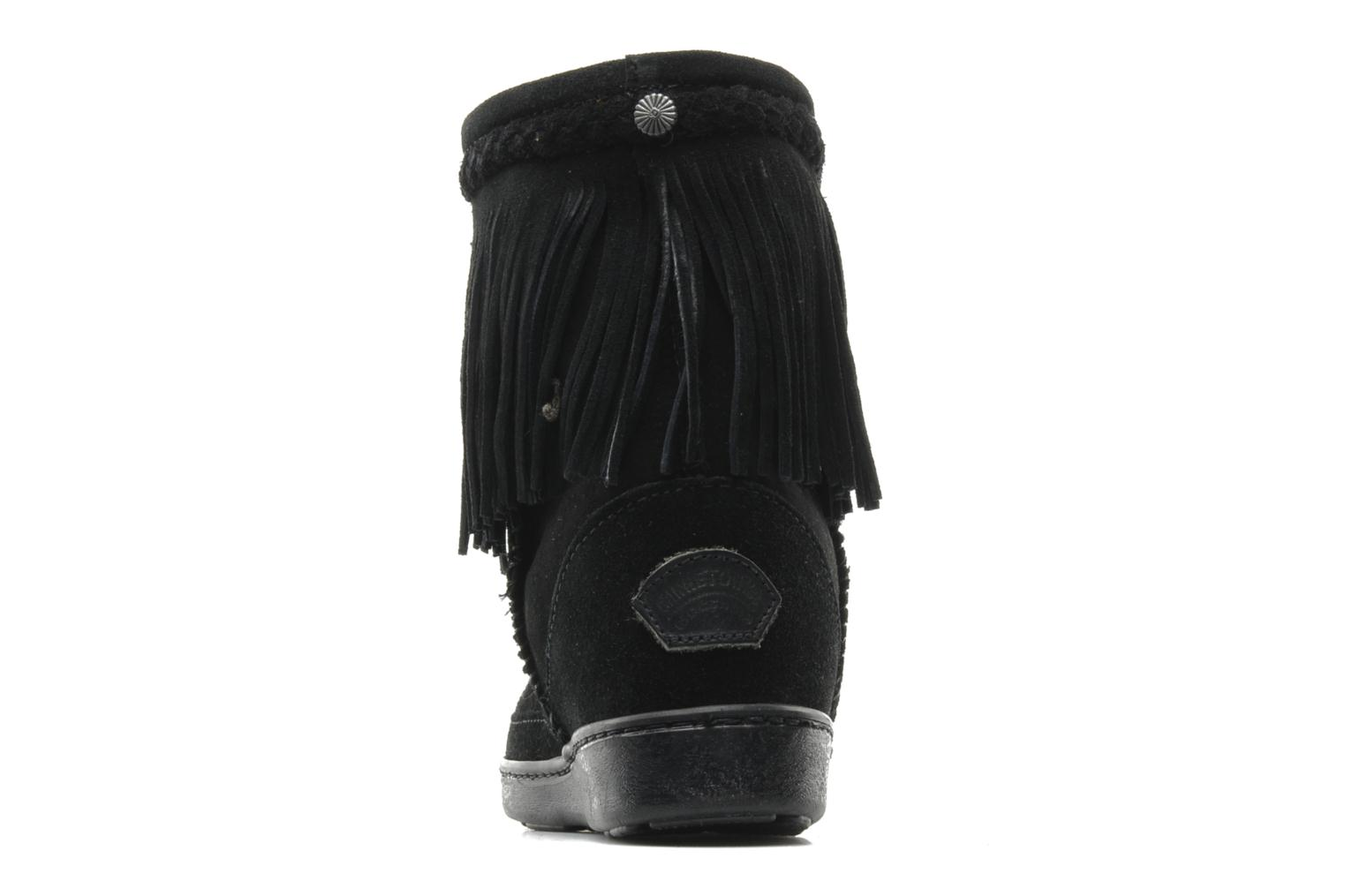 Ankle boots Minnetonka FRINGE CLASSIC PUG BT Black view from the right