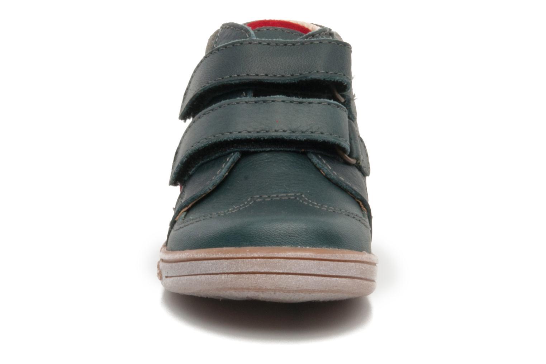 Sko med velcro Kickers TRAPEZE Grøn se skoene på
