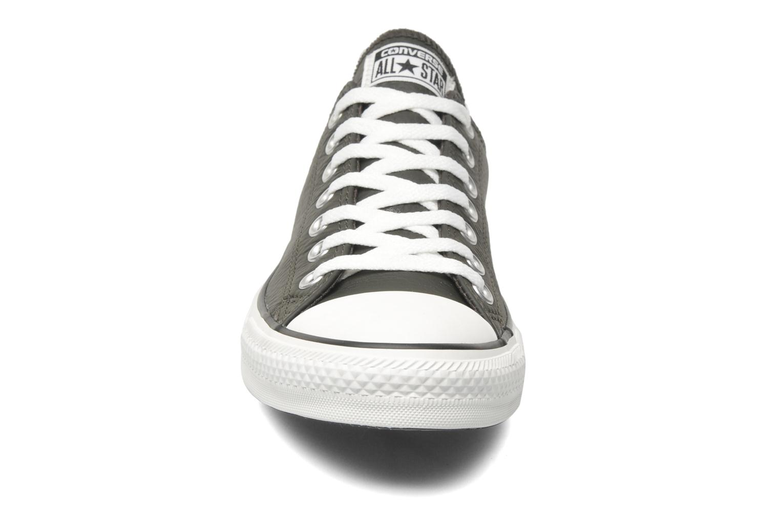 Trainers Converse Chuck Taylor All Star Leather Ox M Grey model view