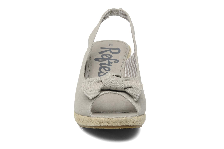 Sandali e scarpe aperte Refresh ABBESS Grigio modello indossato