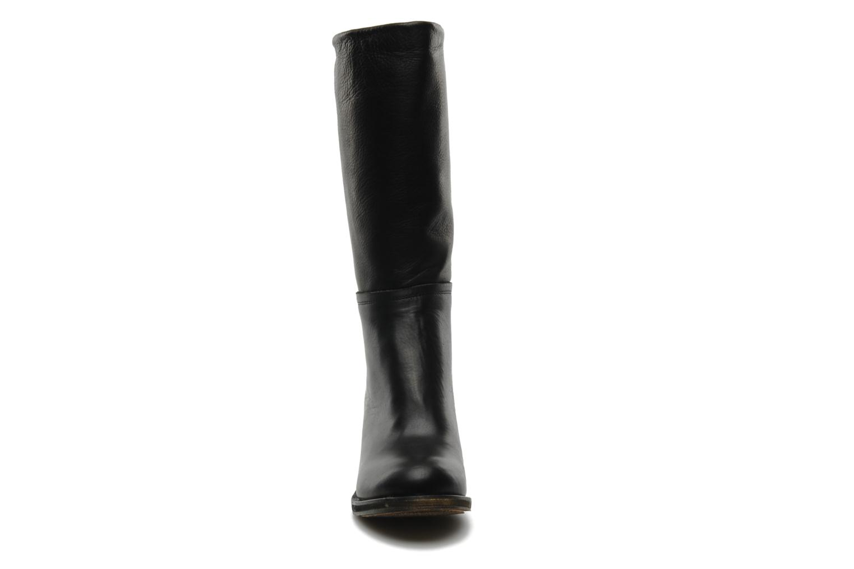Boots & wellies Georgia Rose Vivan Black model view