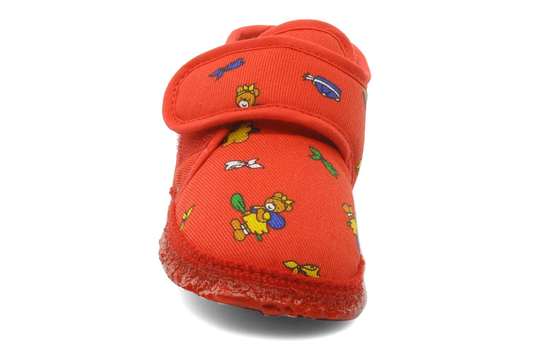 Hausschuhe Giesswein Ben rot schuhe getragen
