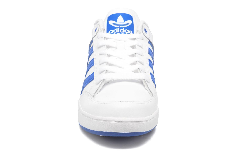Sneakers Adidas Originals Varial Low Wit model