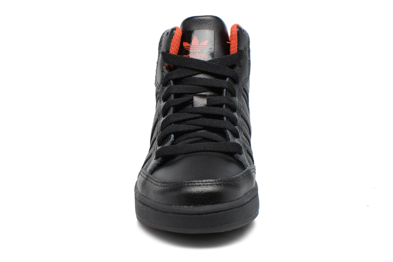 Trainers Adidas Originals Varial Mid J Black model view