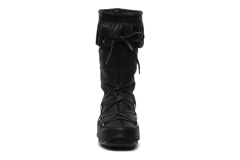 Stiefel Moon Boot Dakota schwarz schuhe getragen