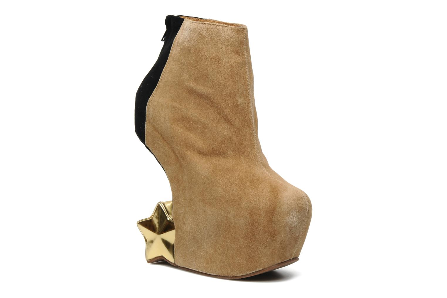Jeffrey Campbell NITEMATE (WITH GOLD STAR) (Beige) - Bottines et boots chez Sarenza (108886)