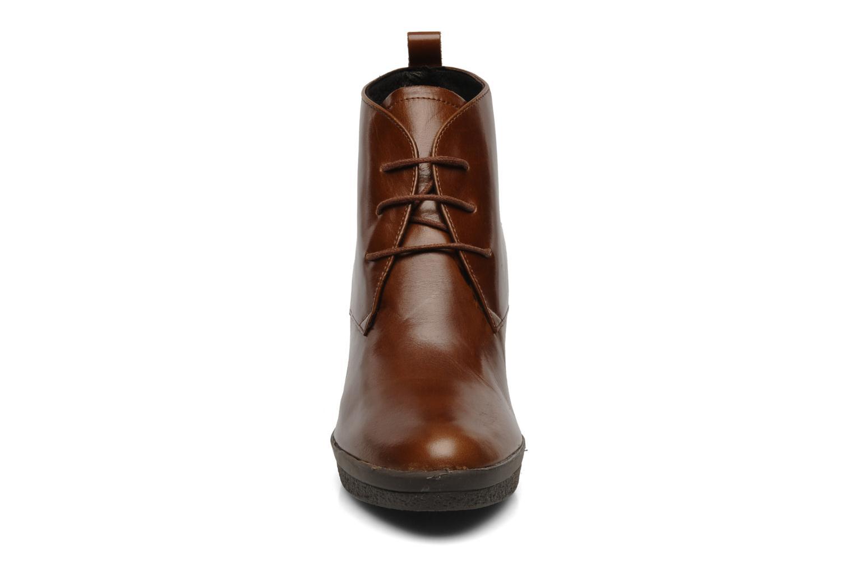 Boots en enkellaarsjes Elizabeth Stuart Agathe Bruin model