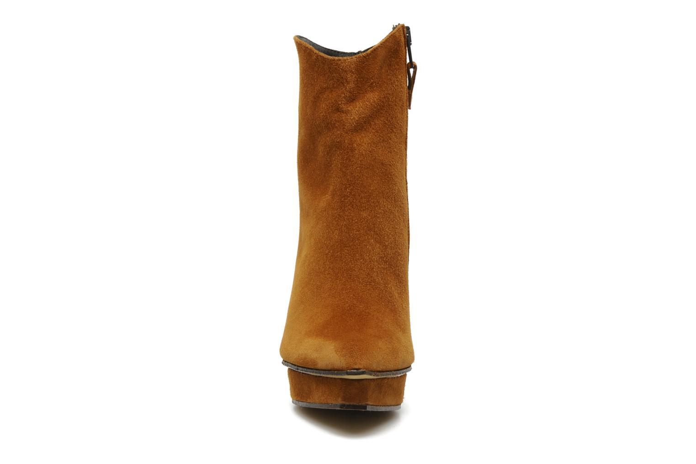 Stiefeletten & Boots Elizabeth Stuart Cid braun schuhe getragen