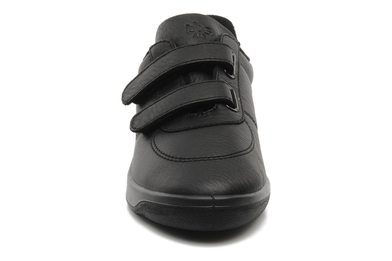 Sneaker TBS Easy Walk Biblio schwarz schuhe getragen