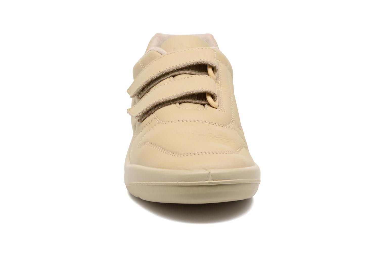 Sneakers TBS Easy Walk Archer Beige bild av skorna på