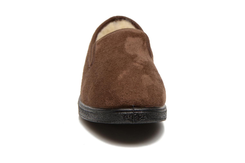 Chaussons Rondinaud Derval Marron vue portées chaussures