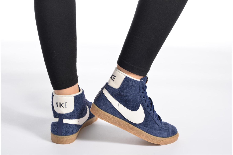 Baskets Nike Wmns Blazer Mid Suede Vintage Rose vue bas / vue portée sac