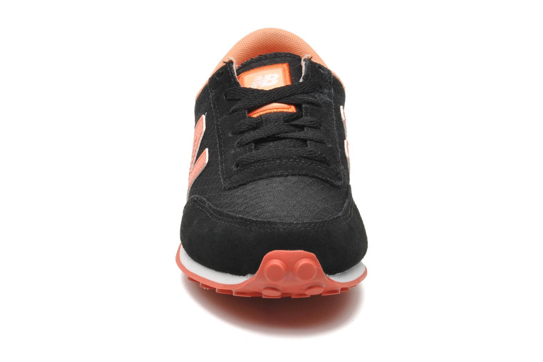 Sneaker New Balance UL410 schwarz schuhe getragen