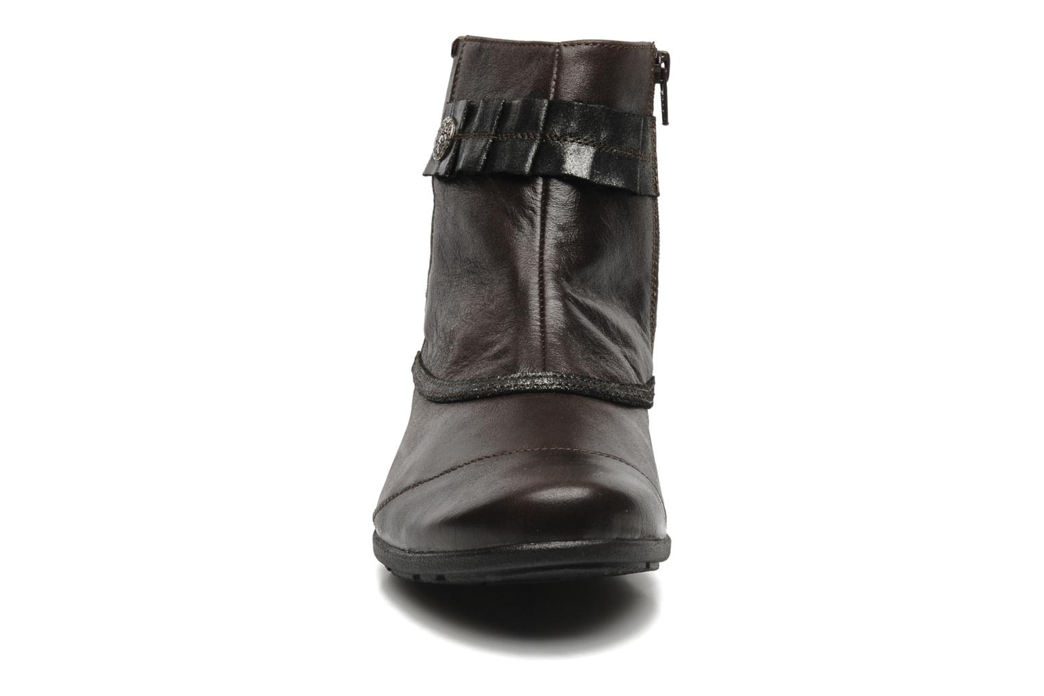 Ankle boots Mephisto Gorsela Brown model view