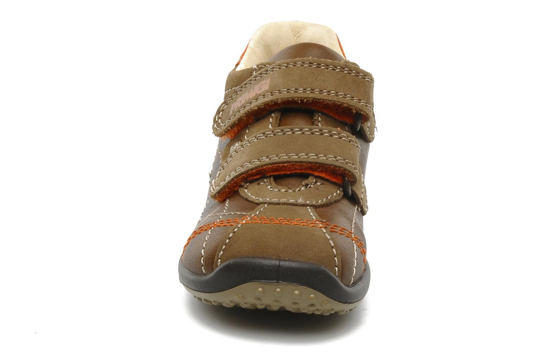 Baskets Primigi Gasp Marron vue portées chaussures