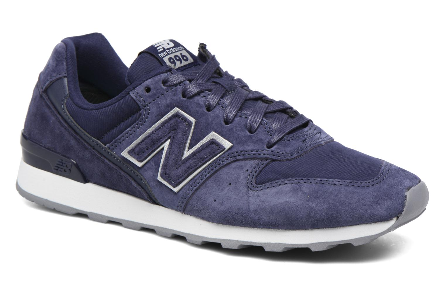 Trainers New Balance WR996 Purple detailed view/ Pair view