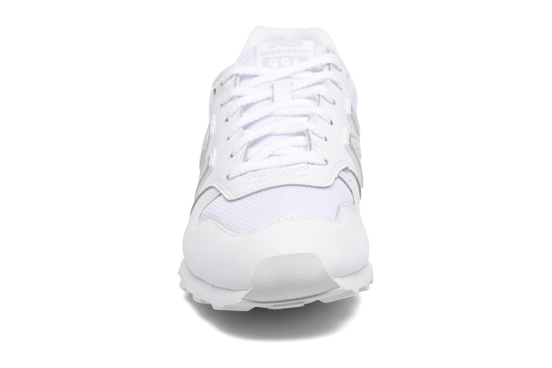 Baskets New Balance WR996 Blanc vue portées chaussures