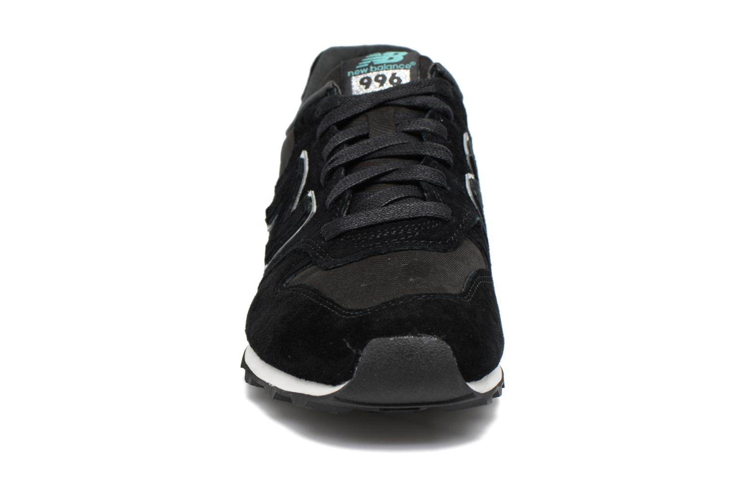 Trainers New Balance WR996 Black model view