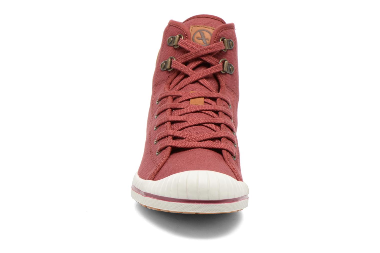 Chaussures à lacets Aigle Kitangiri Mid W Bordeaux vue portées chaussures