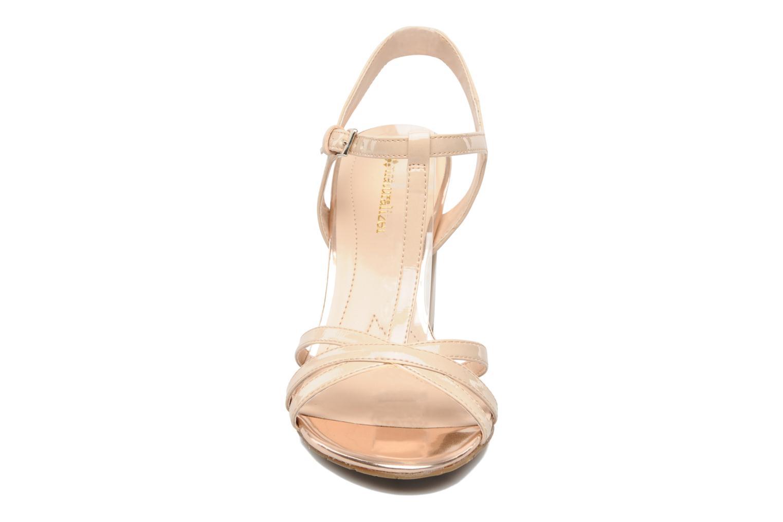 Sandales et nu-pieds Naturalizer EBBA Beige vue portées chaussures